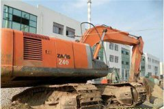 日立240挖掘机