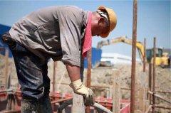 建筑劳务工人越来越难管